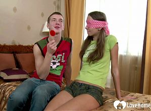 Blindfolded sweetie receives a nice vascular surprise