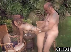Teen wants to suck an old man's cock and get her pussy fucked